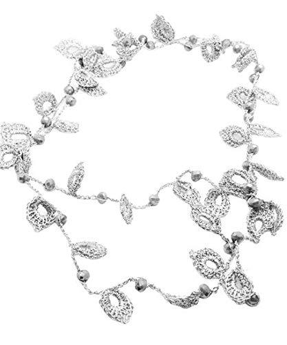 Collar largo hecho a mano de ganchillo (crochet) con hilo lurex plateado y cristales