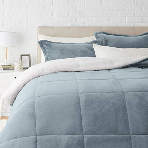 Amazon Basics Ultra-Soft Micromink Sherpa Comforter Bed Set - Tide Pool Blue, Full/Queen