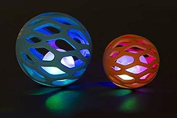 Karlie 521671 Boule grillagée avec Boule Lumineuse LED en TPR Orange Ø 8,3 cm