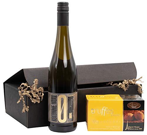 """Weinpräsent Geschenkset """"Goldene Verführung"""" Kolonne Null Riesling Mosel (0,75l) mit französischen Trüffelpralinen (200 g) Riesling 2018 trocken Alkoholfrei (1 x 0.75 l)"""