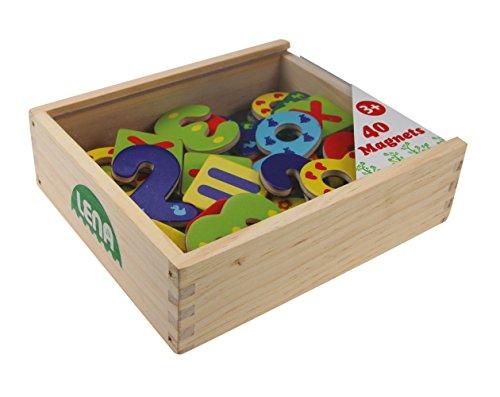 Lena 65824 Magnet Zahlen und Rechenzeichen in Holzkiste, mit 40 magnetischen Zeichen zum Rechnen in verschließbarer Kiste aus Holz, Rechenset mit Holzzahlen für Kinder ab 3 Jahre, Mehrfarbig