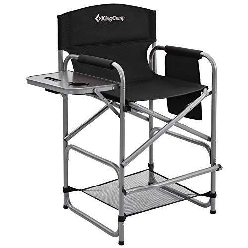 KingCamp Silla de director alta, para camping, maquillaje, con mesa lateral, soporte para bebidas y bolsillo lateral, soporta hasta 136 kg (negro con red)