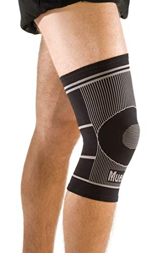 Mueller 4-Way Stretch Knee Support, Black, L/XL
