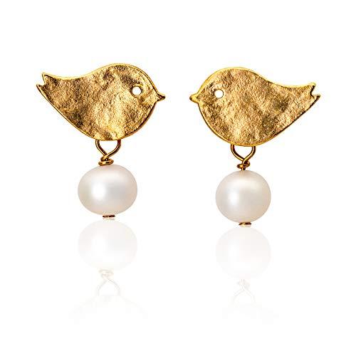 Niedliche Perlen-Ohrringe, Vogel-Ohrstecker gold, Süßwasser-Perlen, matt vergoldete Vögelchen-Stecker, zierlicher Perlen-Schmuck, handmade Geschenk für Sie