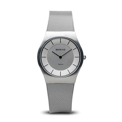 BERING Classic - Reloj analógico de caballero de cuarzo con correa de acero inoxidable plateada, sumergible a 50 metros