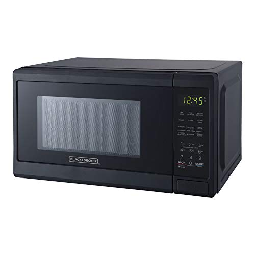 Black+Decker EM720CPY-PM 0.7 Cubic Foot 700 Watt Compact LED Display Countertop Microwave Oven Kitchen Appliance w/ 10 Inch Turntable, matte black