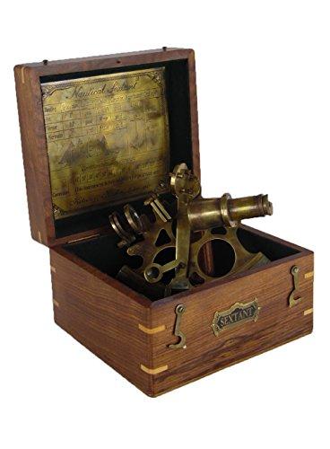 Messing Sextant von Kelvin & Hughes von 1917 in edler Holzbox