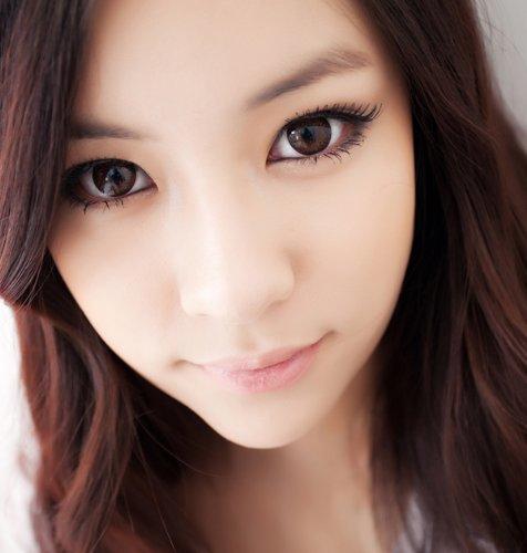 """Farbige braune\""""Hazel One! Kontaktlinsen ohne Stärke mit Kontaktlinsenbehälter - perfekt für Halloween"""