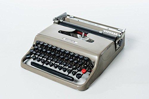 Macchina da scrivere portatile Lettera 22 Olivetti 1950 funzionante grigia e nera