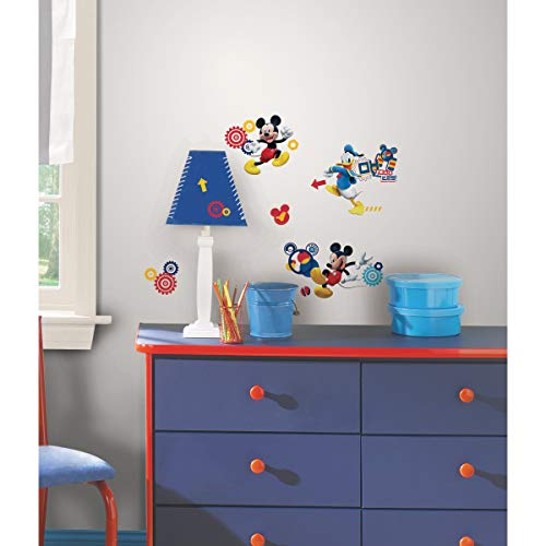 RoomMates Pegatina de Pared con diseño de Mickey Mouse Clubhouse - Mickey Mouse Clubhouse Capers Peel and Stick Wall Decals