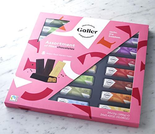 ベルギー王室御用達チョコレートとしても知られているショコラトリ―「Galler」のミニバーギフトボックスは、100%フェアトレードのカカオを使用した11種類のフレーバーが楽しめます。人工の保存料や香料、着色料を使っていないというのも嬉しいポイント。そのまま渡しても、数個ずつ包装してプチギフトにも◎