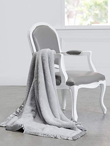 Little Giraffe Chenille Throw Blanket, Silver