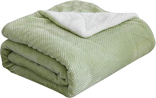 HUIQ Waffle Fleece Throw Blanket Super Soft Fuzzy Warm Lightweight Fluffy Reversible Plush Blanket for Bed Sofa Couch 127cm×150cm Sage Green-150cm×200cm_Sage Green