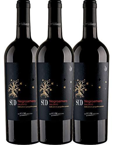 VINELLO 3er Weinpaket Rotwein - SUD Negroamaro 2019 - Cantine San Marzano mit Weinausgießer | trockener Rotwein | italienischer Wein aus Apulien | 3 x 0,75 Liter
