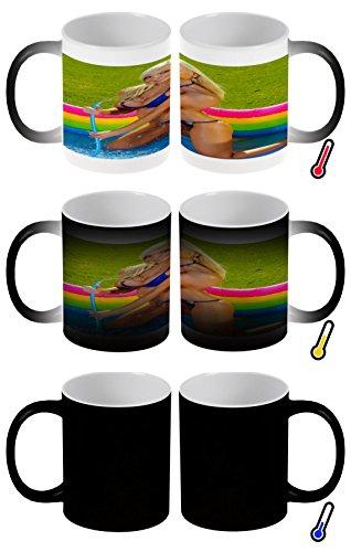 Zaubertasse Farbwechseltasse Kaffeebecher Tasse Becher Latte Cappuccino Espresso Sexy Fun Blondine Pool