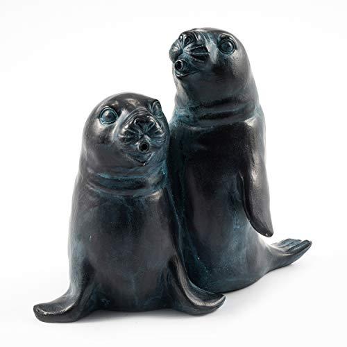 Wasserspeier Figur Seehundpaar aus Kunststein - (L x B x H): ca. 200 x 200 x 220 mm - Schlauchanschluss 8/12 mm - Schlauchlänge ca. 1,0 m - Wassergarten Deko Teichfigur, esotec 100736