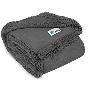 PetAmi WATERPROOF Dog Blanket for Bed Couch Sofa | Waterproof Dog Bed Cover for Large Dogs, Puppies | Grey Sherpa Fleece Pet Blanket Furniture Protector | Reversible Microfiber | 60″ x 80″ (Gray/Gray)
