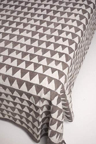 インド 木版染め(ブロックプリント) シングルベッドカバー 厚手コットン カディー グレー 連続三角柄