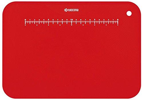 京セラ まな板 約30×20 cm 抗菌 柔らかい 薄い 軽い 目盛り スタンド 付き 漂白 除菌 OK レッド 日本製 Kyocera CC-99 RD