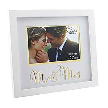 Oaktree Gifts Wooden Mr & Mrs Photo Frame with Gold Print 6 x 4