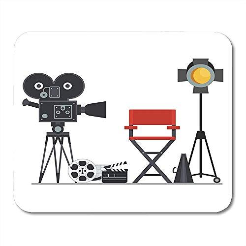Filmregisseur Stuhl mit Megaphon Projektor Kamera und Schindeln Arbeit an der von flachen Cartoon-Objekten Attraktive dekorative Schreibtisch Mousepad 30cmx25cm