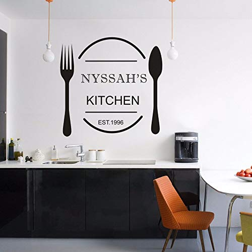 Nombres personalizados pegatinas de pared para cocina cuchara tenedor vinilo ventanas cartel personalizado Est año pared calcomanía cocina restaurante decoración