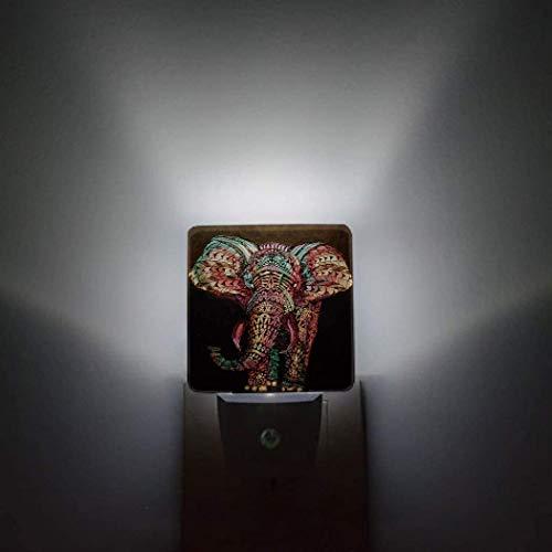 Elefante - Paquete de 2 luces de noche con sensor automático que se conecta a la pared,un árbol de Navidad lleno de regalos de Navidad,pasillo de baño,decoración brillante,luces de noche cuadradas y