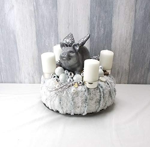 Adventskranz mit geflügeltem Schwein, silber-weiß, Tischkranz, Weihnachten, Adventsdeko,