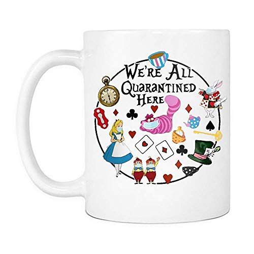 N\A We 're All Quarantine Here Mug, Divertido Dibujo Animado Gato Conejo té Reloj Sombrero Tazas de café de cerámica Que Dicen Blanco, 11 oz