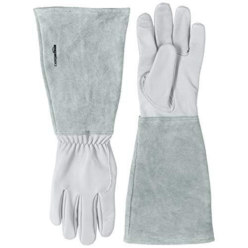 Amazon Basics – Gartenhandschuhe mit Unterarmschutz, Leder, Gr. M, naturbelassen