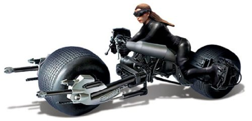 Moebius The Dark Knight Rises: Batpod with Catwoman 1:18 Model Kit