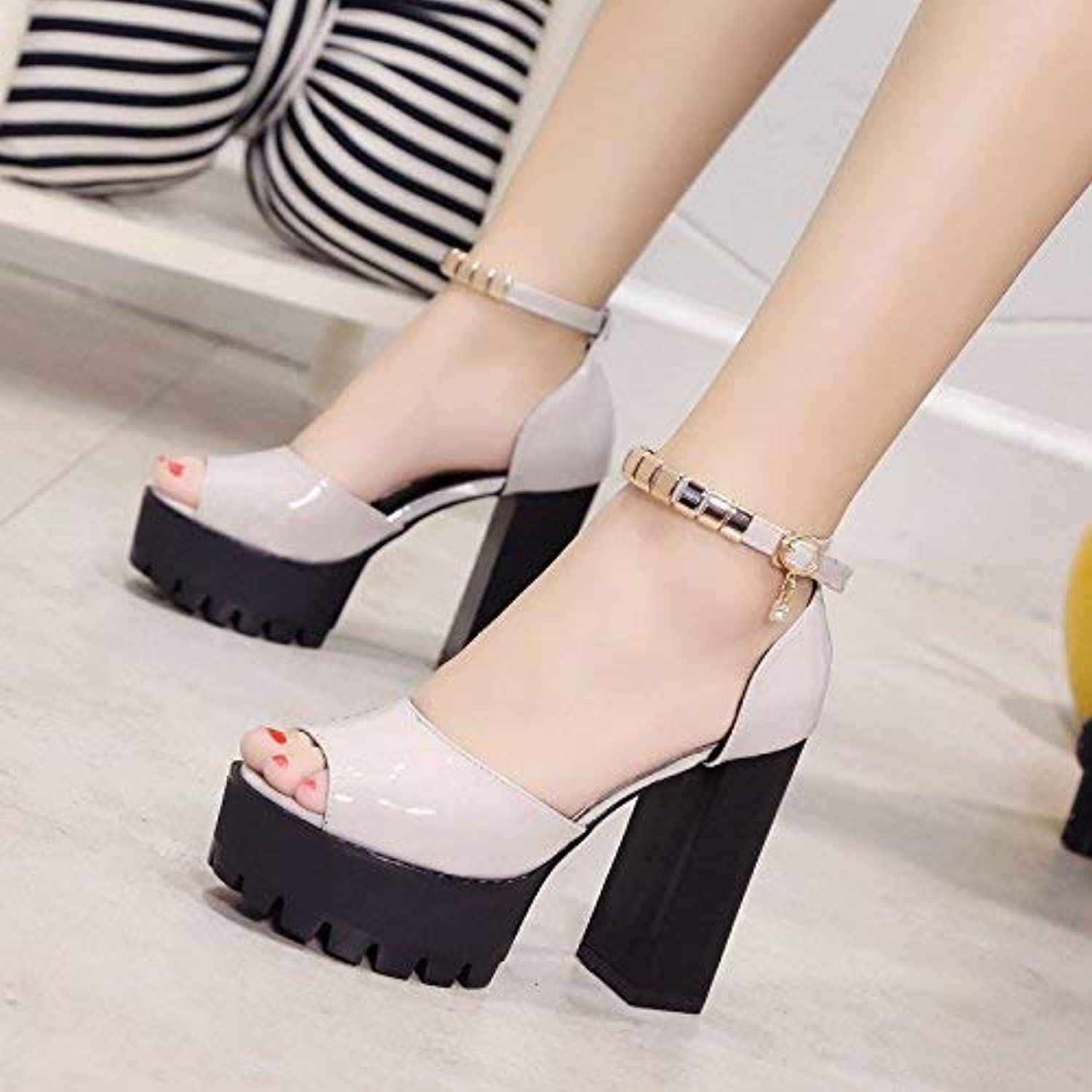 Comfortable and beautiful ladies sandals High Heel And Waterproof Table Fish Mouth With One Word Buckle Sandals