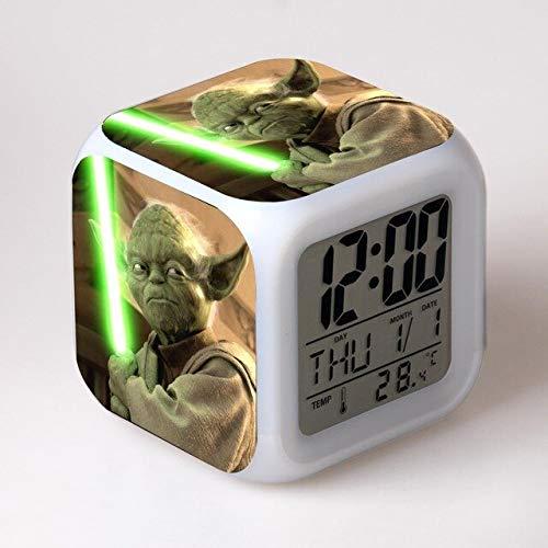 N/J Regalos de cumpleaños para el dormitorio de los niños Star Wars película reloj despertador niños Cartoon noche luz led digital reloj electrónico reloj de escritorio, amarillo