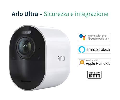 Arlo Ultra VMS5340 Sistema di Videosorveglianza Wi-Fi con 3 Telecamere di Sicurezza 4K, Audio 2 Vie, Luce, Bluetooth, Visione 180° Diurna/Notturna,Interno/Esterno, Compatibile con Alexa/Google Wi-Fi