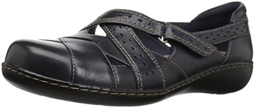 Clarks Women's Ashland Spin Q Slip-On Loafer, Navy, 7 B(M) US