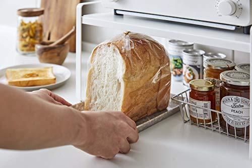 高さは22.5cmあり、空いたスペースには食パンもすっぽり入ります。トースターの下に置いておくと、朝ごはんの準備がスムーズにできそう♪