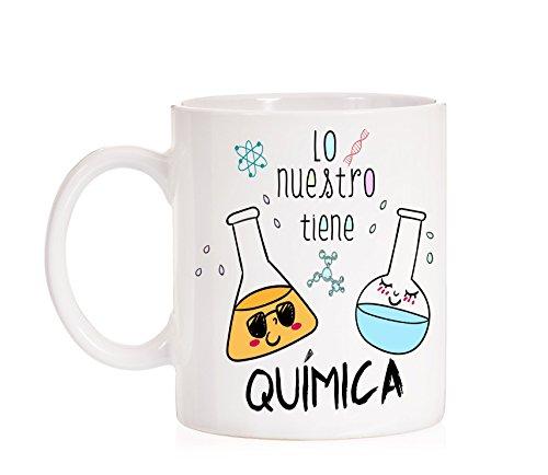Taza Lo Nuestro Tiene Química. Taza Regalo de Amor para los Amantes de la Ciencias químicas.