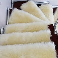 滑り止めの接着剤のない自己接着性のカーペット階段踏面、ふわふわの快適なカーペット、超柔らかいウールの模造長髪家庭用滑り止め安全ラグ子供用高齢者および再利用可能な接着剤付きペット、白