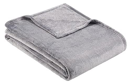 BUGATTI 3300 Kuscheldecke 160x220 cm – kuschelweiche Wohndecke grau XL, hochwertige Flanell Decke angenehm warm in schöner Melange Optik