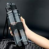 Mosako - Botella de agua deportiva sin BPA, 1000 ml, gran capacidad, no tóxica, botella de plástico Tritan impermeable al agua Flip Top botellas de agua de viaje con filtro (negro)
