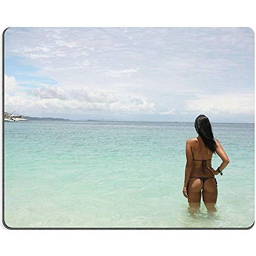 QDAS muismat Mooi meisje in badpak op eilandfoto