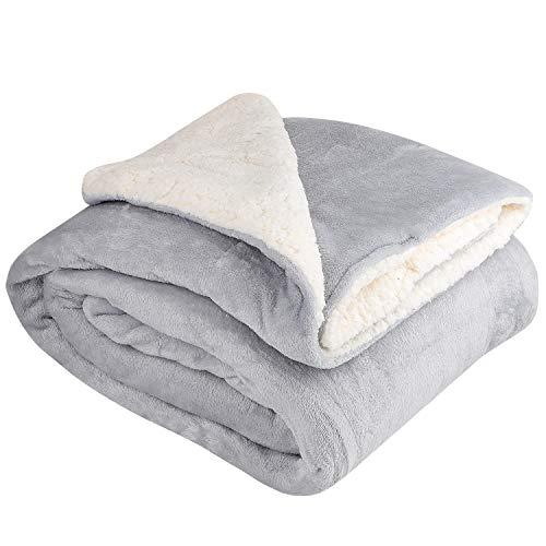 NEUFLY Decke, Zweiseitige Flannel Decke Fleecedecke 150 x 200 cm Extra Dick Sofadecke Couchdecke Super flausch Warm Kuscheldecke - Graue