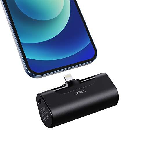 iWALK Mini Power Bank 4500mAh, Ultra Compatta Caricabatterie Batteria Cavo Integrato Powerbank Batteria Esterna Compatibile con iPhone 12, 12 Mini, 12 Pro, 11, 11 Pro, XS, XR, 8, 8 Plus, 7, 7 Plus, 6S