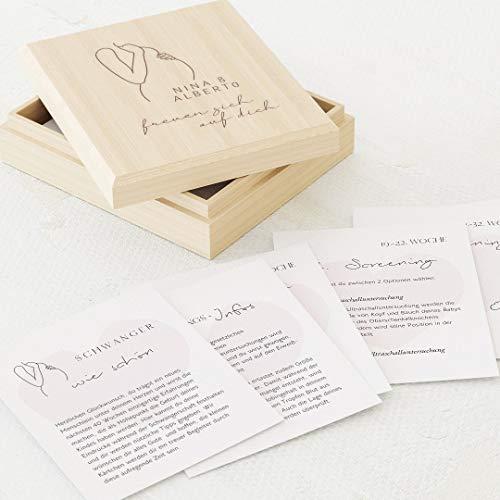 sendmoments Tagebuch für die Schwangerschaft, Babybauch, 60 Tagebuchkarten 88x105 mm zum Ausfüllen, inklusive personalisierter Holzkiste mit Gravur 113x130 mm, als Geschenk zur Babyshowerparty