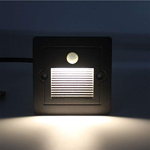 AOKARLIA LED Treppenleuchte mit Bewegungsmelder Eingebaute Ecklampe, Quadratischer Lampenschirm aus Milchglas Im Freien IP65 Wasserdicht für Tür, Garage,Schwarz,Warm Light 3W