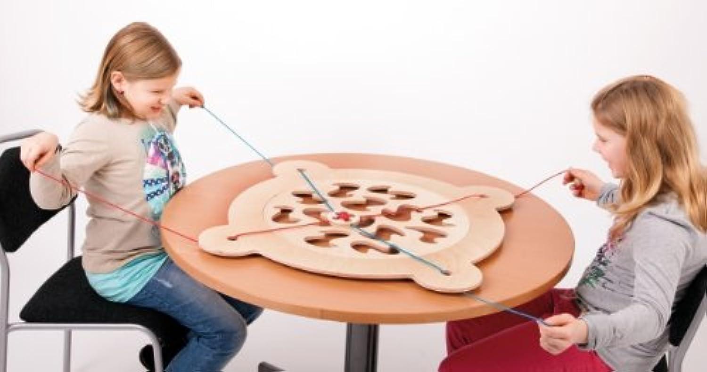 Via Ronda   Tischspiel aus Birkenleimholz   Made in Germany   Durchmesser  85 cm   für Kinder ab 4 Jahren geeignet