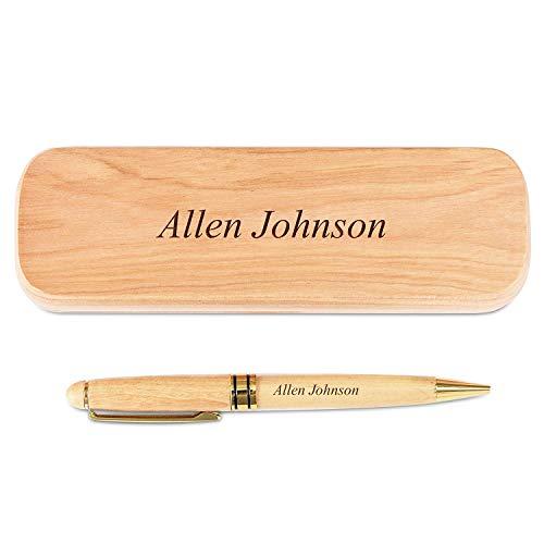 Diseño elegante: este lujoso juego personalizado cuenta con un bolígrafo hecho de madera natural, por lo que es ligero en el medio ambiente. Pero no comprometemos el diseño con este juego de bolígrafos, ya que también es fácil en los ojos. Los detall...