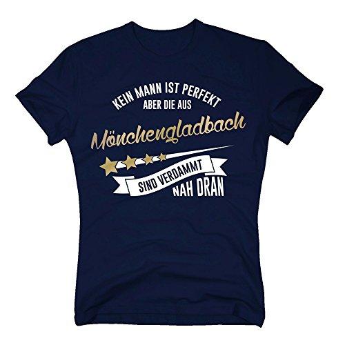 Herren T-Shirt - Kein Mann ist perfekt Aber die aus Mönchengladbach sind nah dran - von Shirt Department, dunkelblau-Gold, XXXL