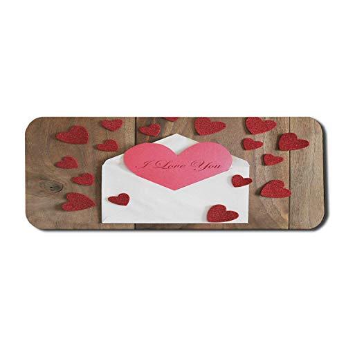 Ich liebe dich Computer-Mauspad, Szene eines herzförmigen Papiers, das aus einem Umschlag auf Holz herausspringt, rechteckiges rutschfestes Gummi-Mauspad Großer Paprika-rosa Umber