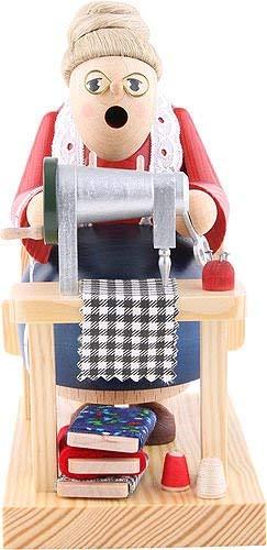 KWO Olbernhau 21011 Räuchermännchen Schneiderin sitzend, 16 cm